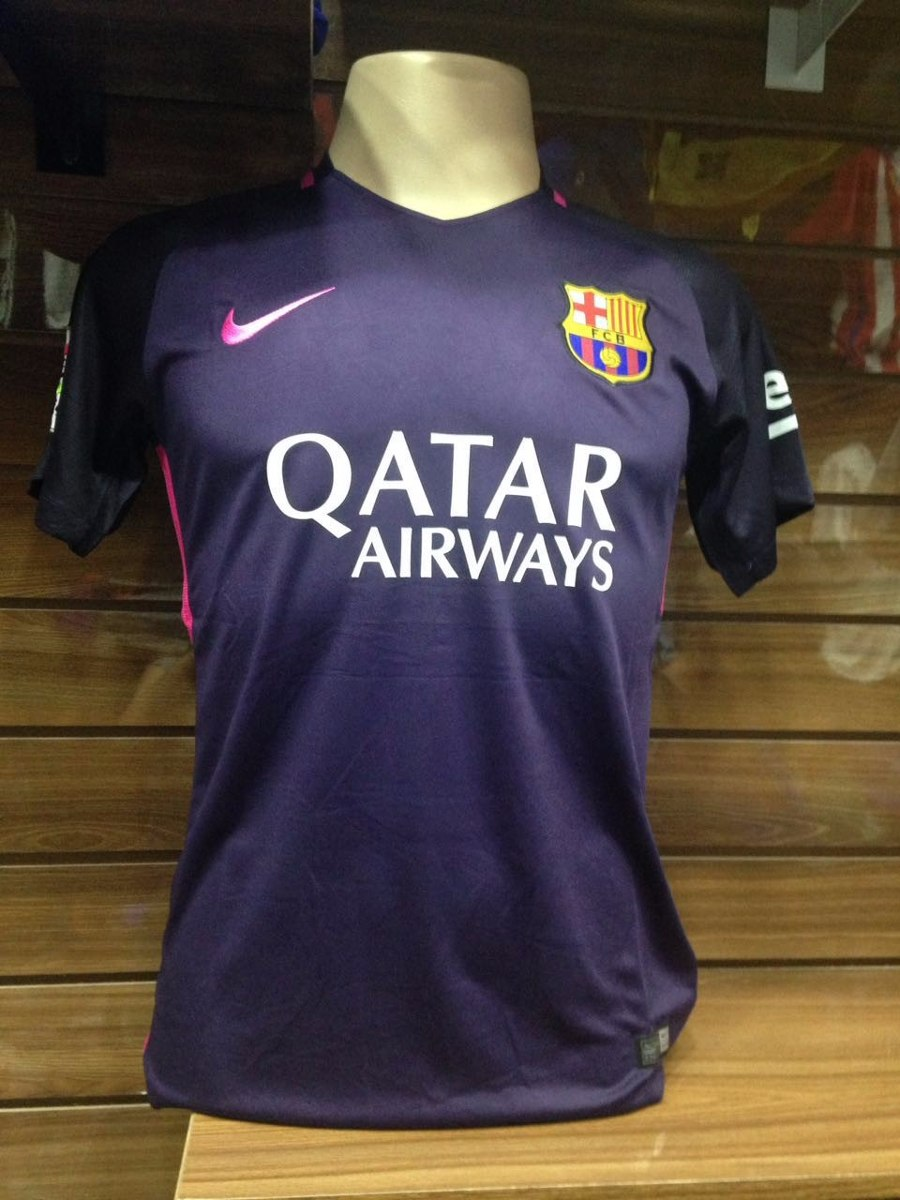 134e0b85a4 Características. Time Barcelona  Tipo de time Camisas ...