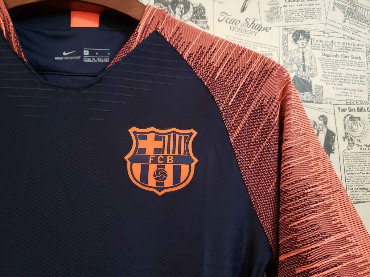 camisa barcelona s n nike treino 18 19 original frete grátis. Carregando  zoom. cb02e82dfd44b