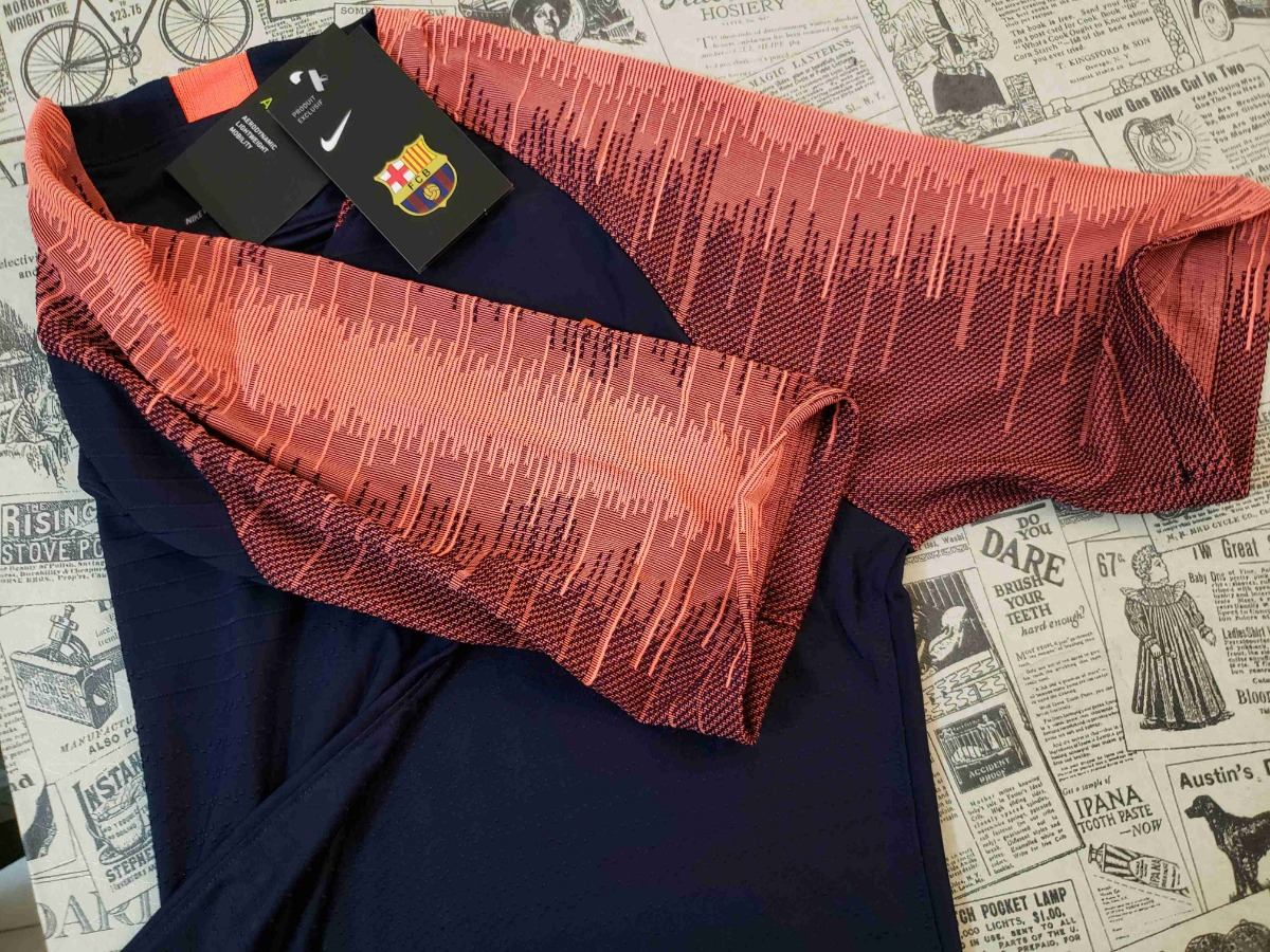 894626530d716 camisa barcelona treino 2018 2019 jogador - frete grátis. Carregando zoom.