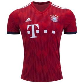 010db462acef4 Uniforme Bayern Munique - Futebol com Ofertas Incríveis no Mercado Livre  Brasil