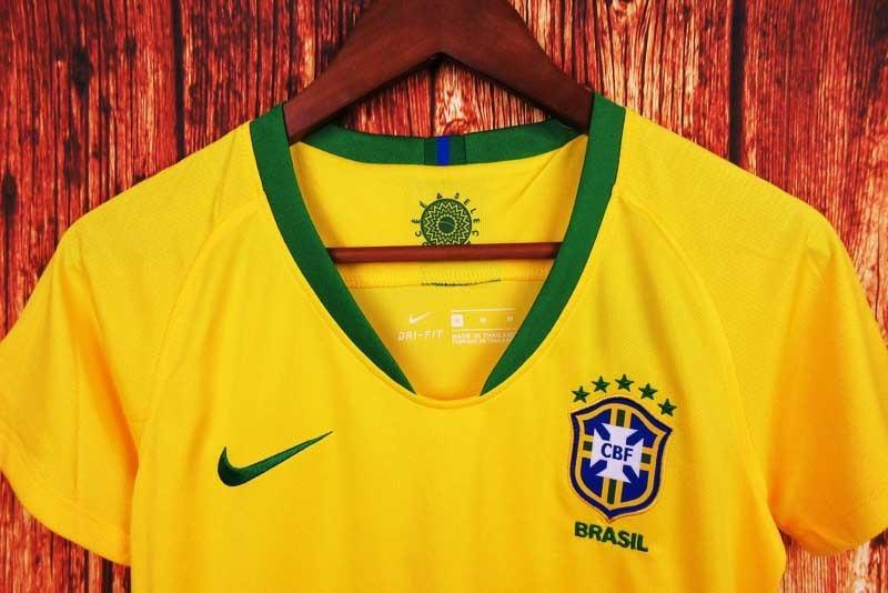 Camisa Blusa Amarela Feminina Seleção Brasil Adulto 2018 - R  140 9246ea137debb