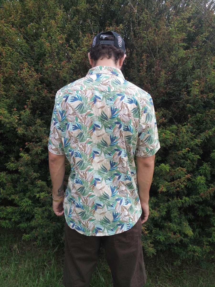 17e17af1fe camisa botão trick  limited estampada floral florido plantas. Carregando  zoom.