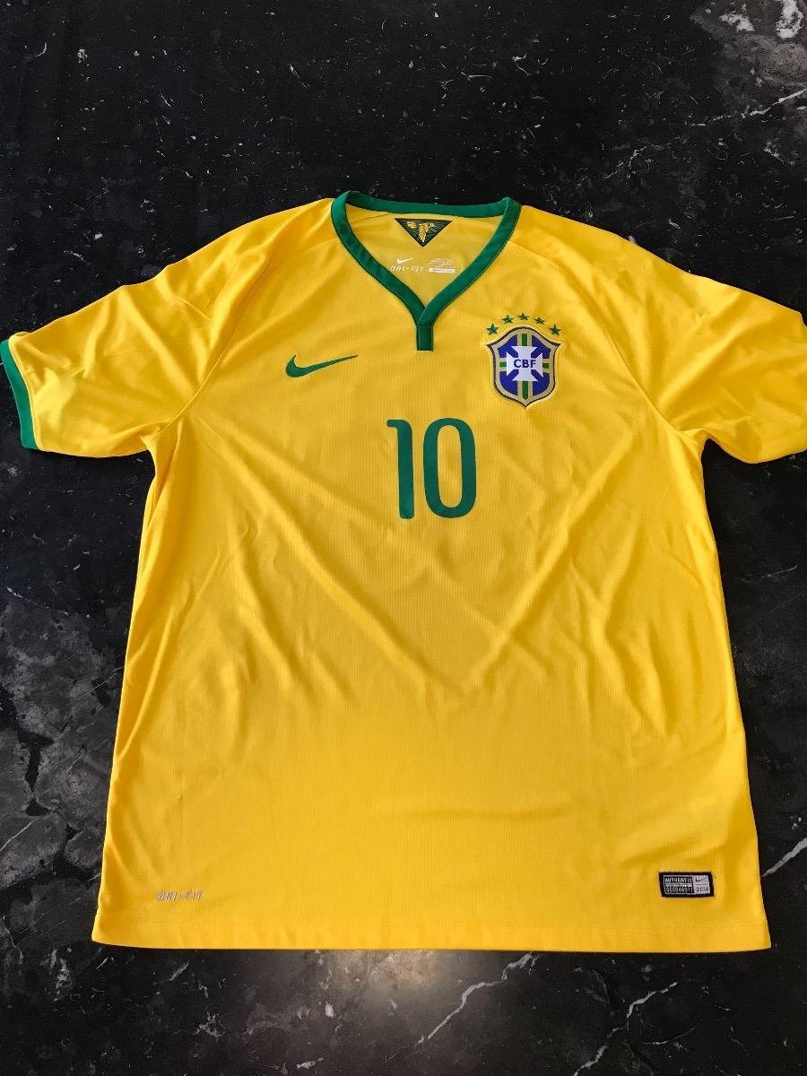 fc6bc7187d0df Camisa Brasil 2014 Com Patches Da Copa - Mod Torcedor - R  210