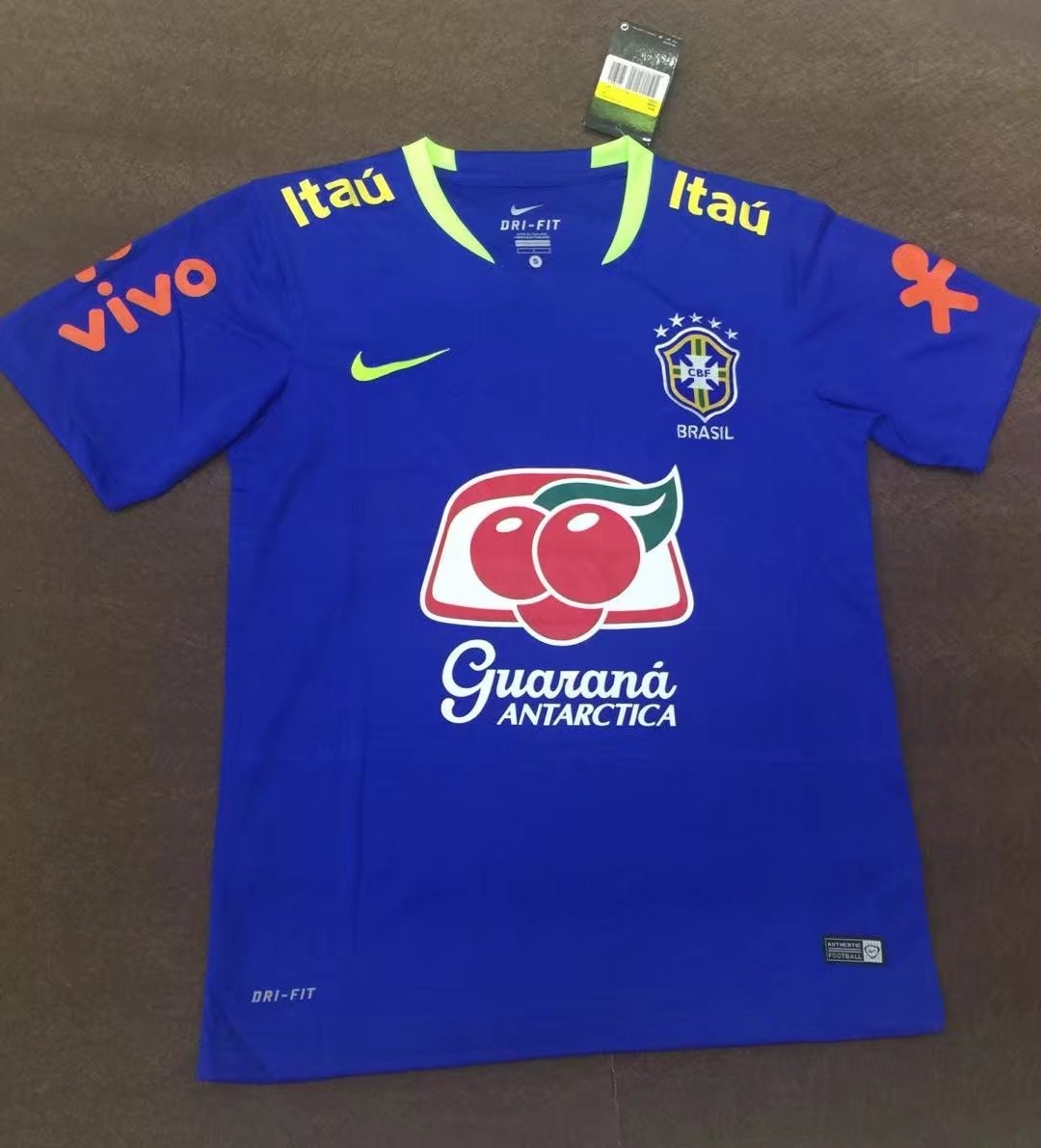 53263f4aa0 camisa brasil copa do mundo 2018 treino. Carregando zoom.