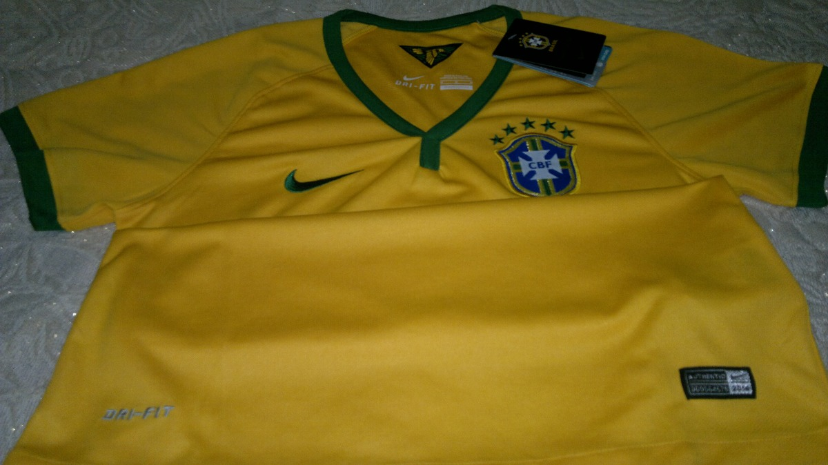 Camisa Brasil Feminina - Nike 2014 - Baby-look - R  130 ac7b4fb3d53b9