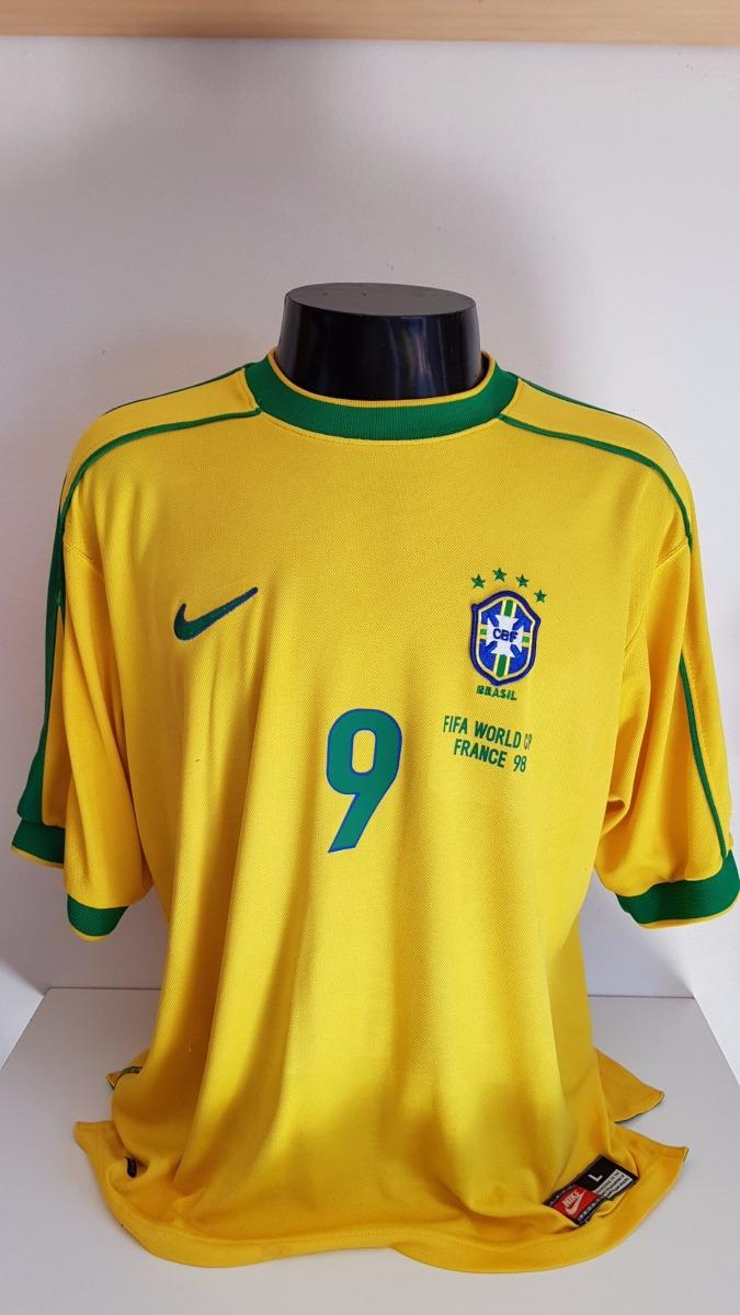 camisa brasil home 98-99 ronaldo 9 patch copa 1998 importada. Carregando  zoom. d22886b6986da