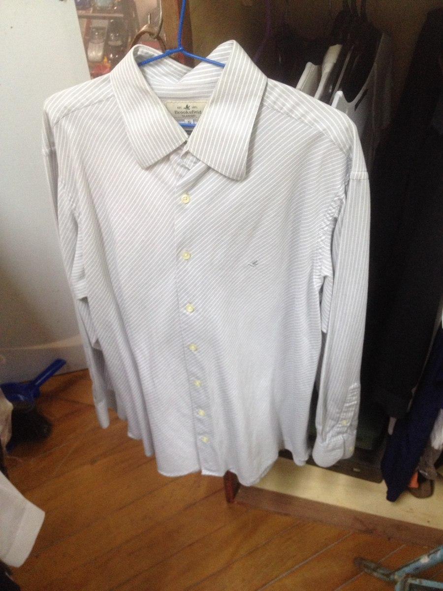 b80ca9b525c camisa brooksfield listinha cinza claro e branca linda. Carregando zoom.