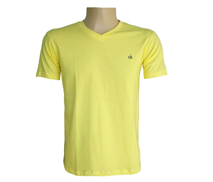 e291468ed4 Camisa Calvin Klein Gola V Amarela - R  49