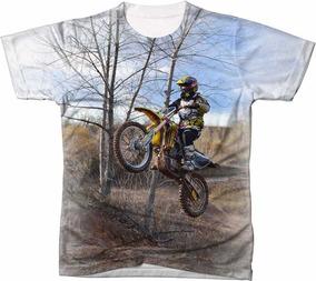 5572796a0 Camisetas Infantil Menino De Moto Empinando - Calçados, Roupas e Bolsas no  Mercado Livre Brasil