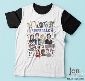 ee17ed29b4 Riverdale - Camisetas e Blusas no Mercado Livre Brasil