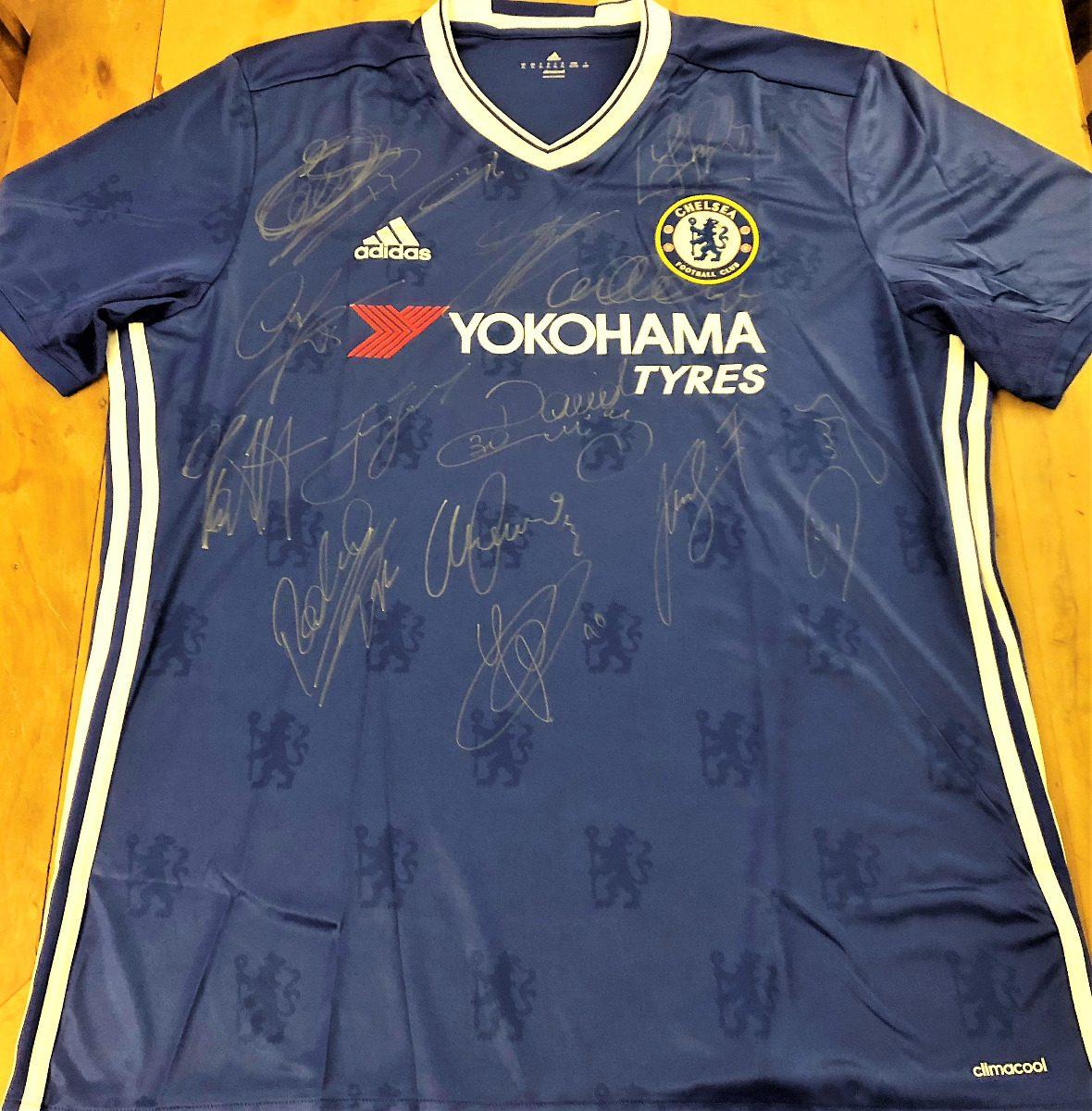 Camisa Chelsea Autografada 14 Jogadores Campeões 2017 - R  599 b7c53c22e327f