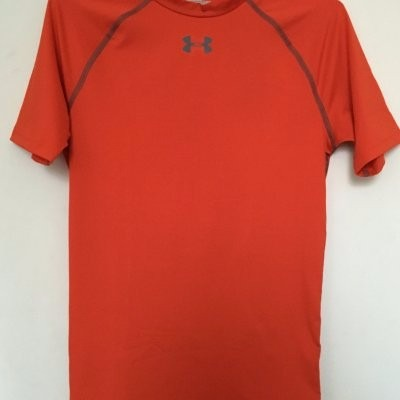 f2c83b05f613d Camisa Compressão Under Armour Sonic Heatgear - R  120