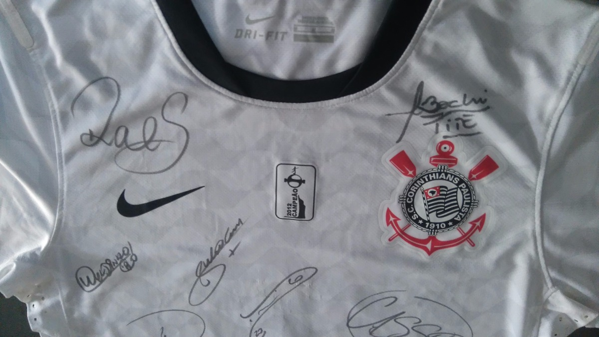 camisa corinthians 1° libertadores autografada n° 7 relíquia. Carregando  zoom. a56bad436b88d