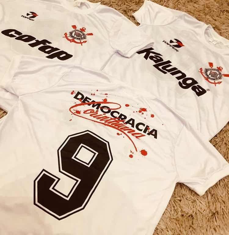 49a248fdd3 Camisa Corinthians Anos 80 - R  69