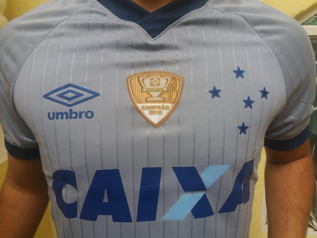 43391884a6 Camisa Cruzeiro Nova 3 Uniforme 2018   2019 Umbro Masc - R  85