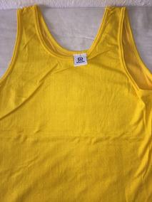 9566fcae29 Camiseta Aberta Do Lado - Calçados, Roupas e Bolsas Amarelo com o ...