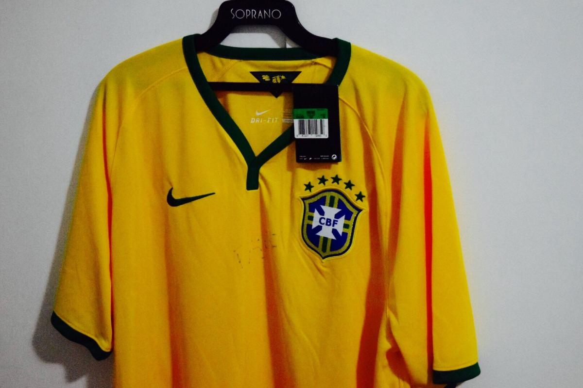 0b8959bb73 camisa da seleçao brasileira copa 2016 autografada felipão. Carregando zoom.