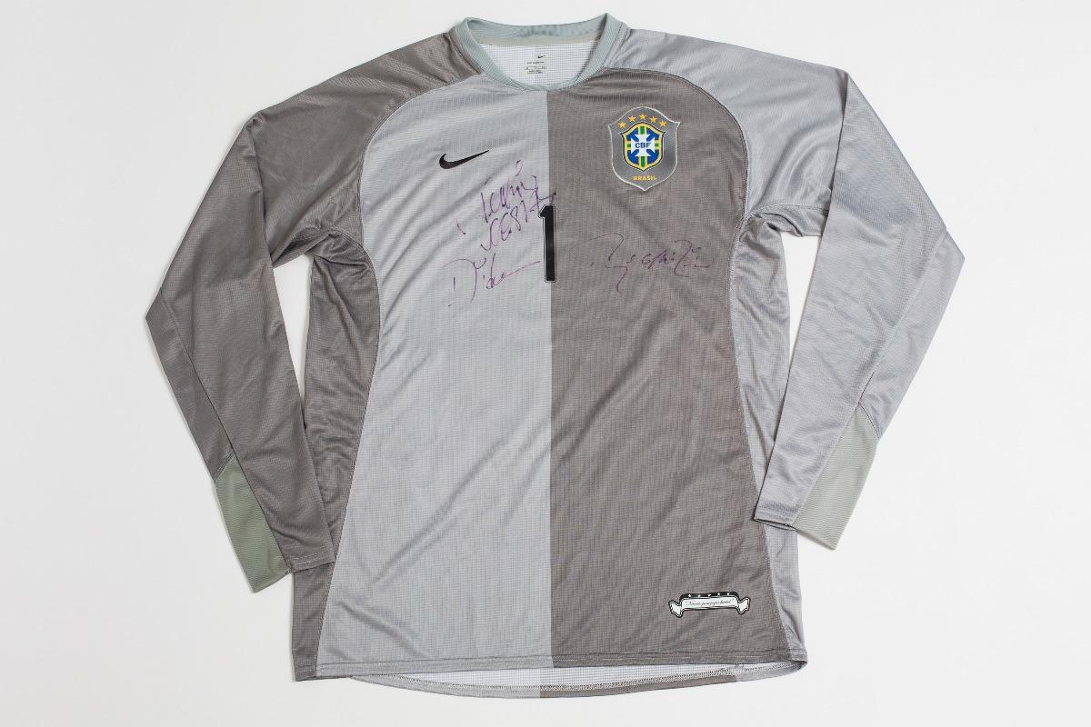eb5869475b camisa da seleção brasileira autografada dida original nike. Carregando  zoom.