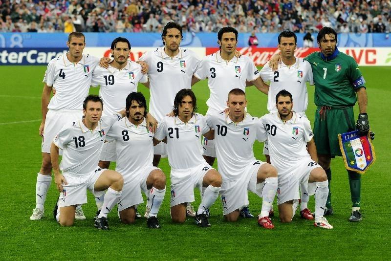 24a4f3f1feca4 Camisa da seleção da italia puma euro tamanho carregando zoom jpg 800x534  Eurocopa 2008 camisa de