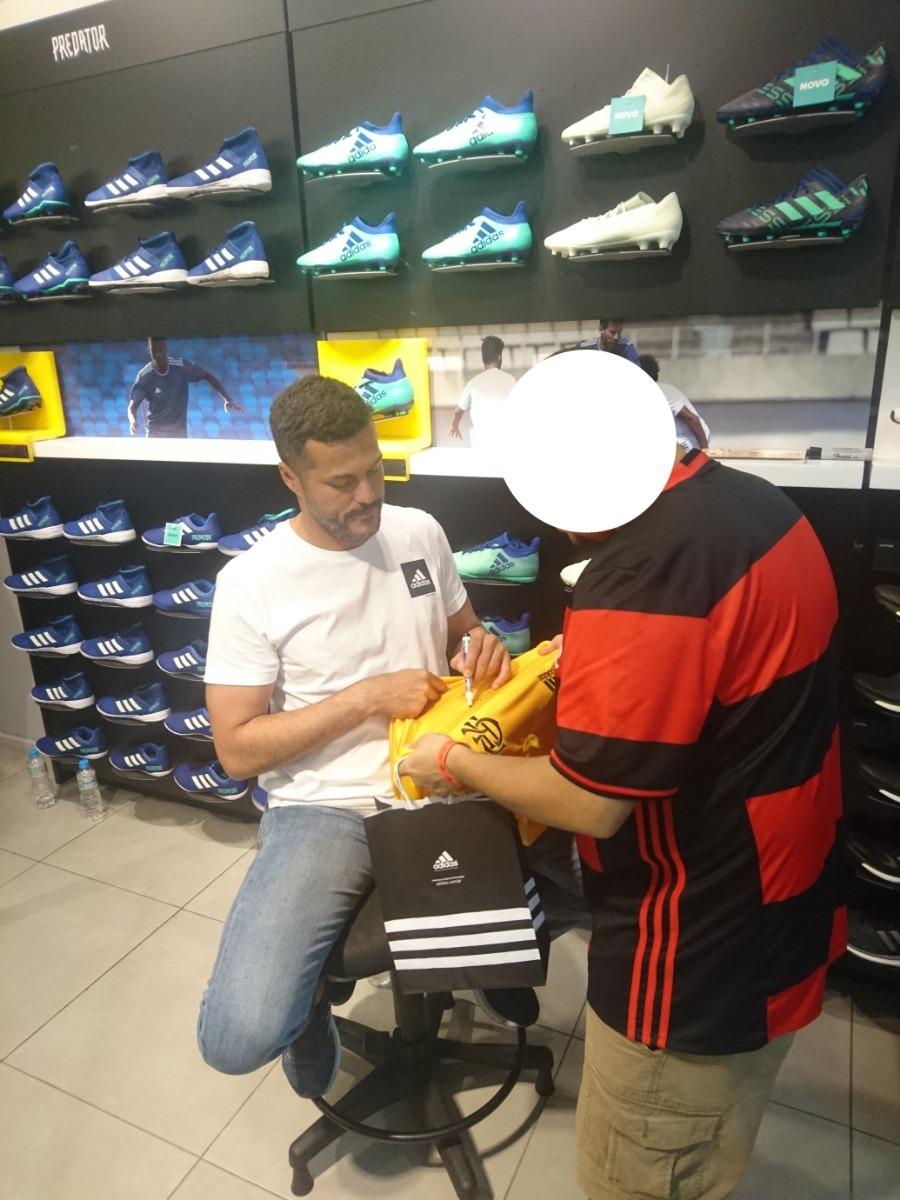 3430481ba3 camisa de goleiro do flamengo autografada pelo júlio césar. Carregando zoom.