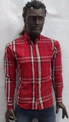 camisa de hombre color rojo