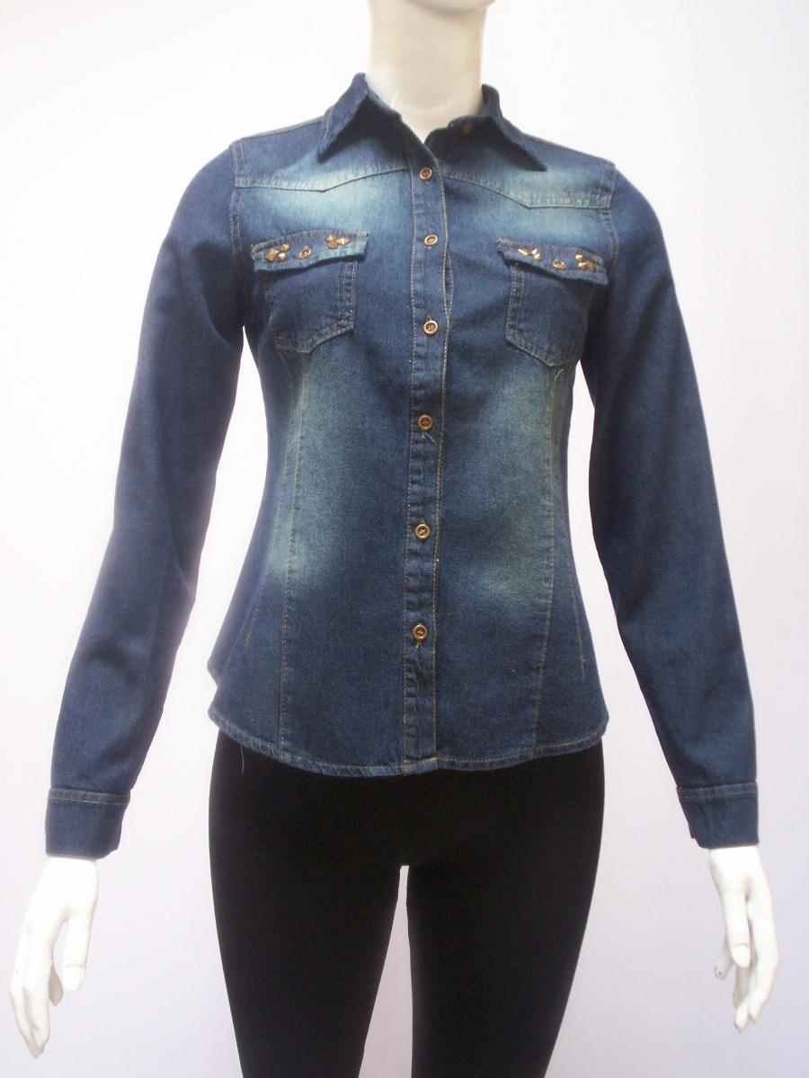 De Entallada Mujer Cargando Jeans Zoom Para Camisa Con Tachas UqwdaUYt