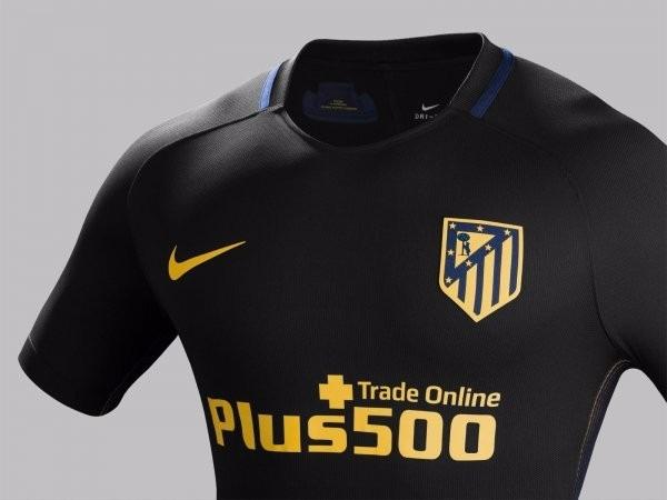 Camisa Do Atlético De Madrid Nova Preta Listrada Espanha - R  99 759050f2becb8