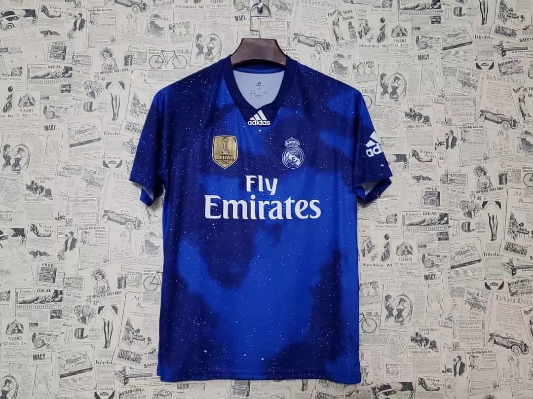 60900c5cf1 camisa do real madrid ea sports fifa 19 edição limitada. Carregando zoom.