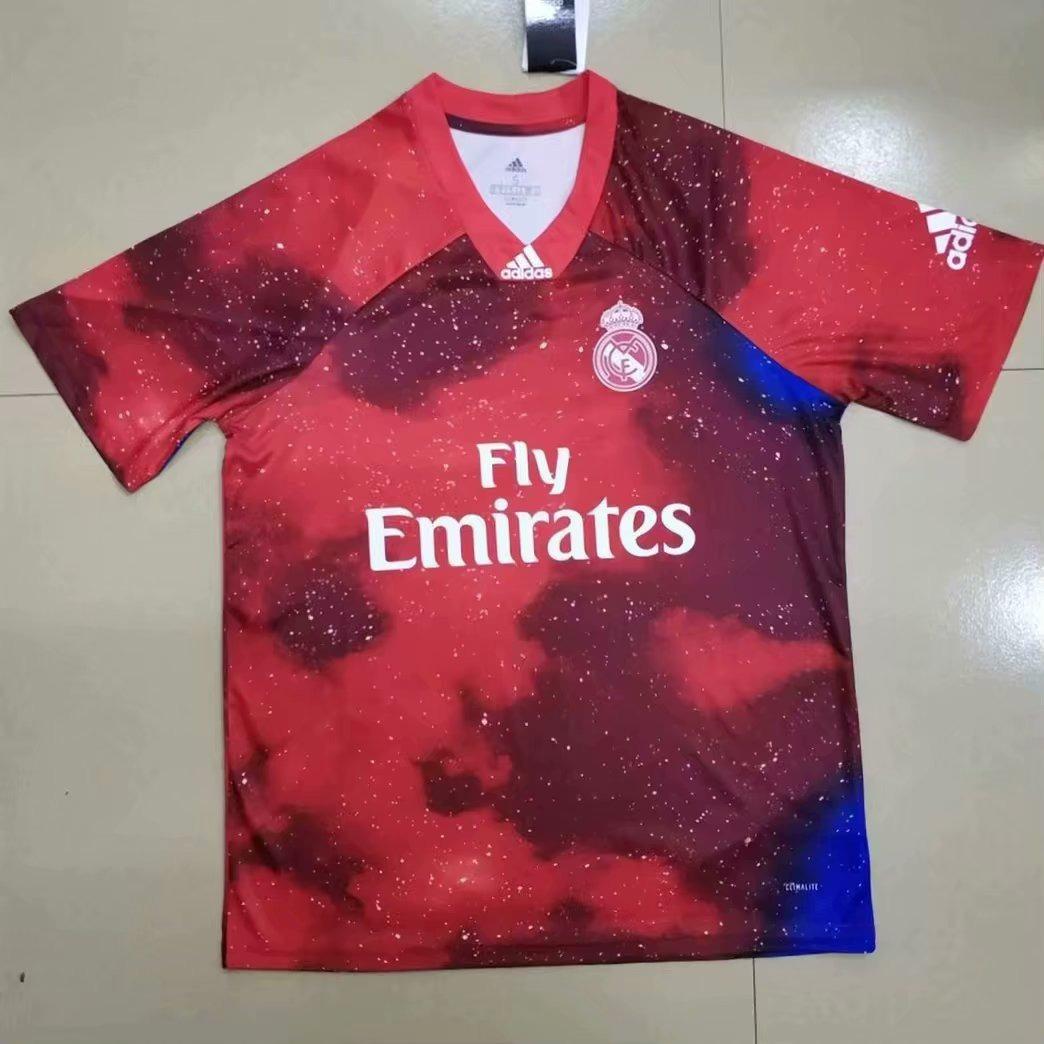 Camisa Do Real Madrid Galaticos Vermelha Importada - R  140 a5313b7d424db