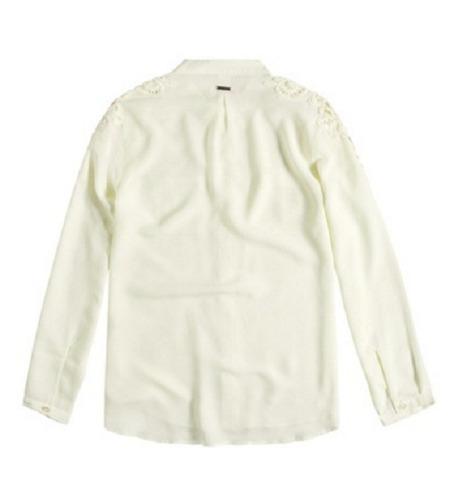 camisa feminina em chiffon off white com renda guipir