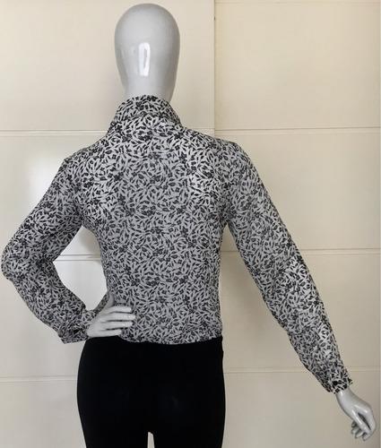 camisa feminina em crepe de musselina