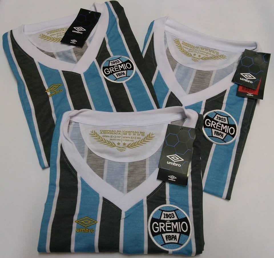 camisa feminina grêmio retrô 1983 mundial oficial umbro 2018. Carregando  zoom. eb200653e0a9b
