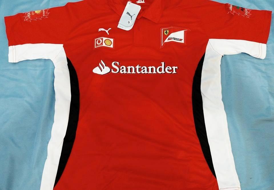 e5b17975c932c camisa ferrari santander f1 vermelha. Carregando zoom.