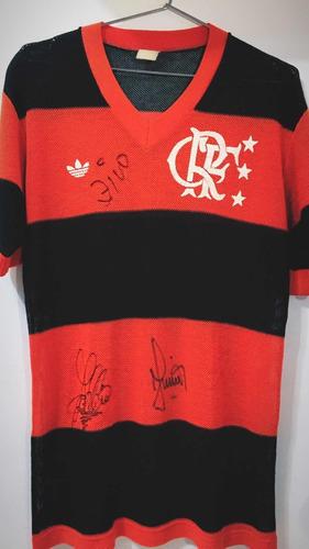 camisa flamengo furadinha 1981 autografada zico junior black