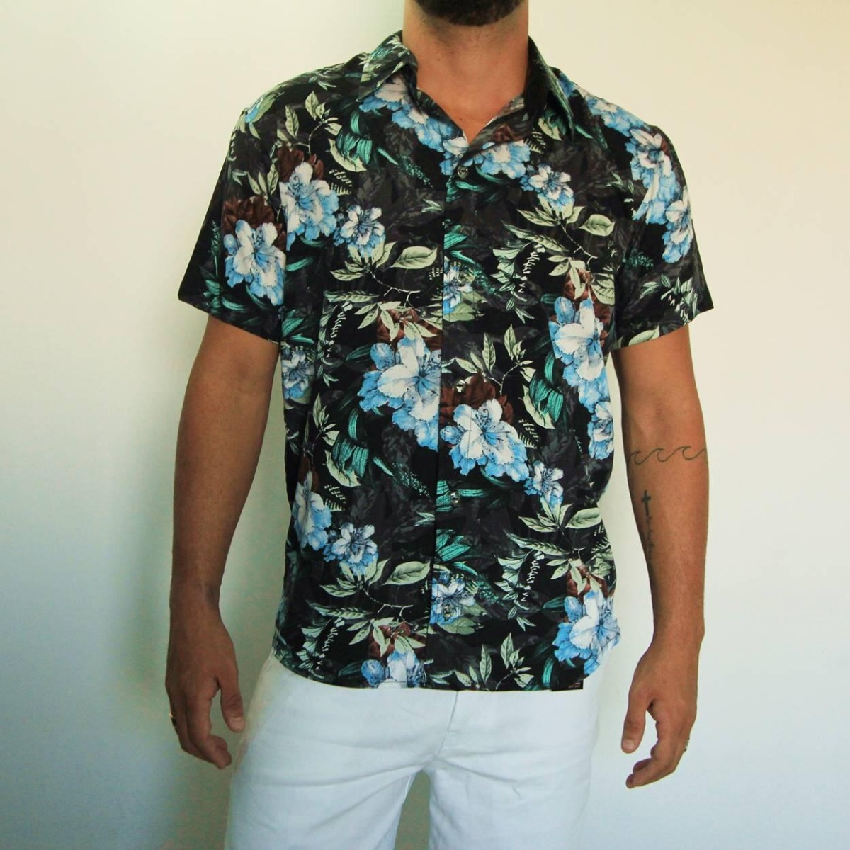 8734c7ff5d camisa floral masculina estampada preta verão 2019. Carregando zoom.