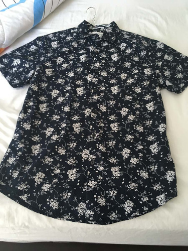 camisa floreada cactus man manga corta talla medium