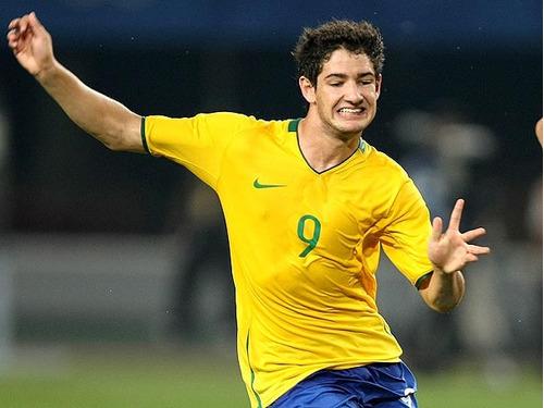 camisa futebol brasil cbf olimpiadas 2008 de jogo   9 pato. Carregando  zoom... camisa futebol brasil 14a52e5cbb10e