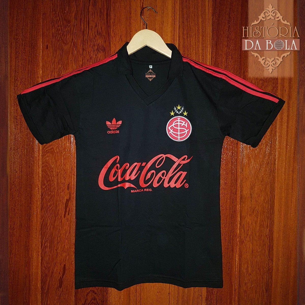 camisa futebol internacional retrô - 1980 1990 preta. Carregando zoom. e47a0db66254a