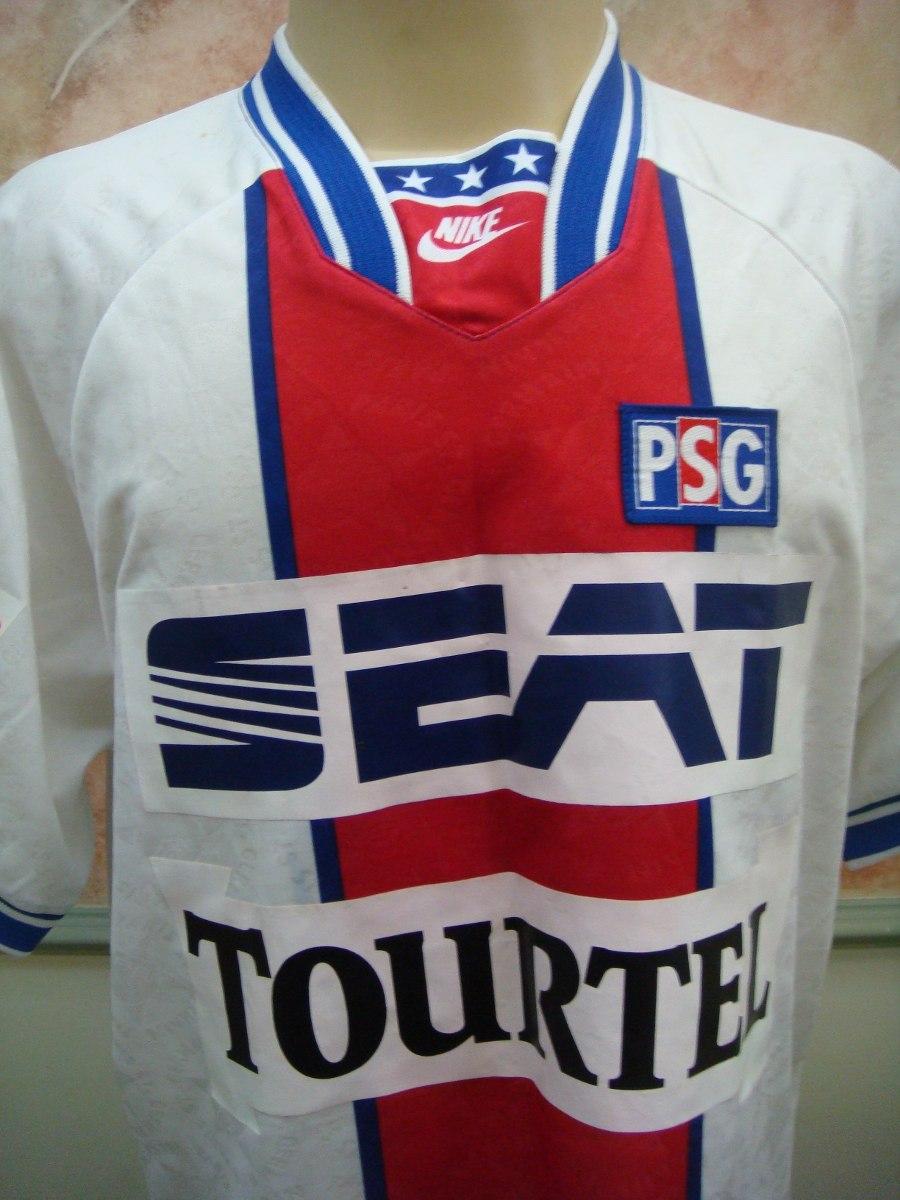 17d02a1617 camisa futebol paris saint germain frança nike antiga 715. Carregando zoom.