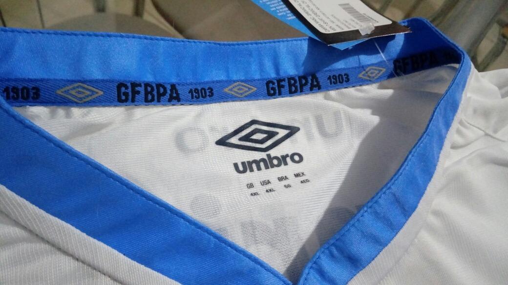 camisa futebol umbro time grêmio porto alegre brasil oficial. Carregando  zoom... camisa futebol time grêmio brasil. Carregando zoom. 6cc0a6993f622