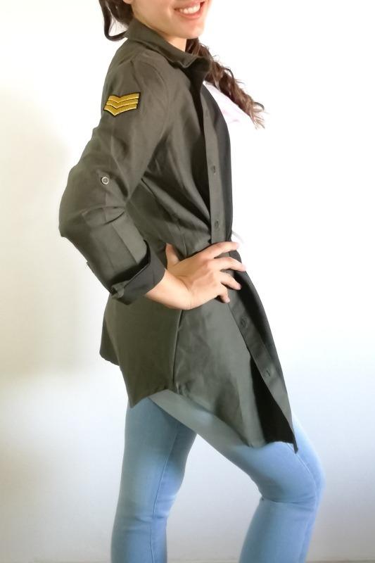 67d65fba17 Camisa Gabardina Bordada Verde Militar