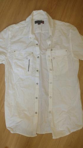 camisa guess branca xs / p #growhugreen