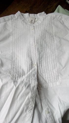 camisa h&m, blanca, larga cuello mao.