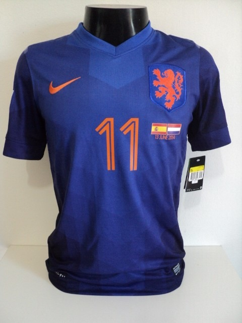 Camisa Holanda Away 14-15 Robben 11 Copa 2014 Versão Jogador - R ... c6582560d704b