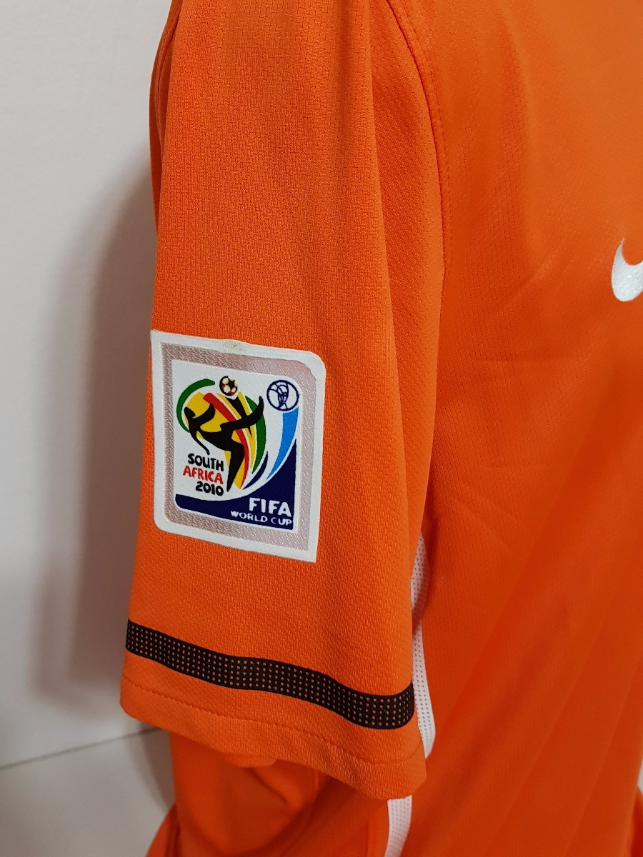 1cb916d02c Camisa Holanda Home 10-11 Robben 11 Final Copa Importada - R  200