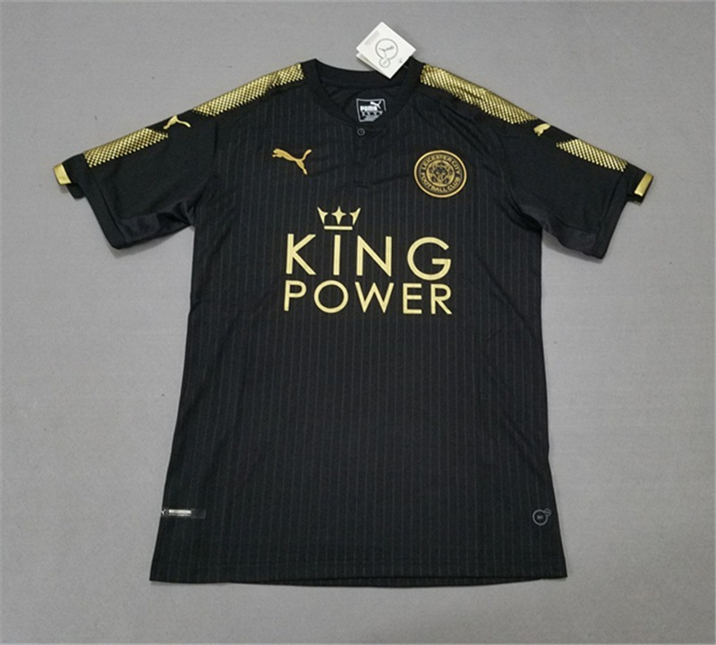 ... Terceira camisa do Leicester 2015-2016 Puma lowest price f63eb 3ba6c  Carregando  zoom. designer fashion 9945c a79c9 ... 1da24bdf0cc3d