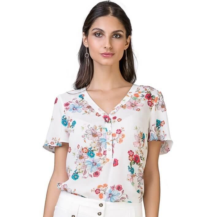 ce75aca6c Camisa Feminina Manga Curta Em Viscose Estampada Floral Seik - R ...