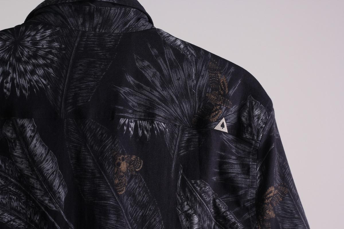 dfb434e3658be Camisa Mcd Core Leaves Manga Curta