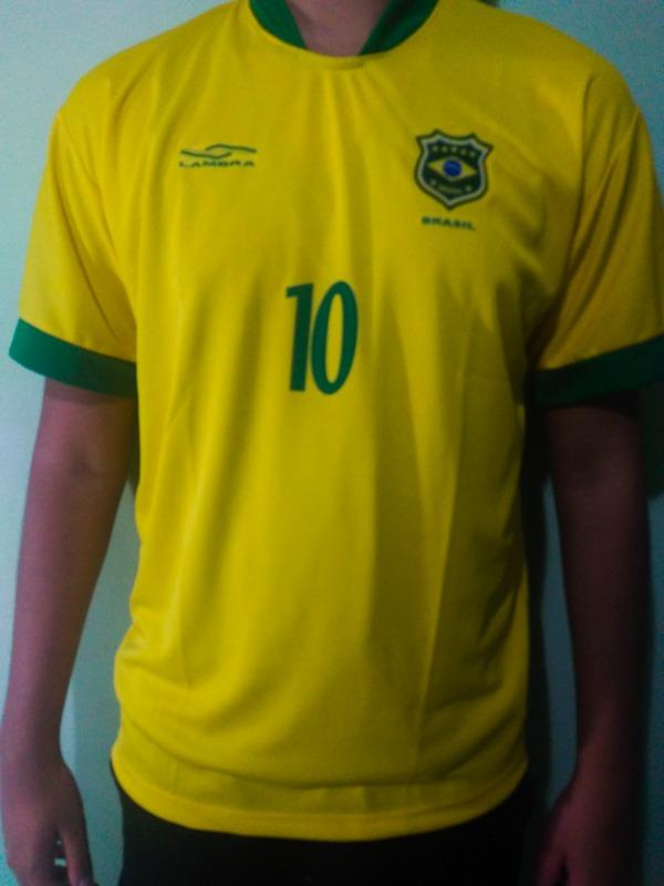 cad8edc58843f camisa da selecao masculina torcida copa 2018 brasil barato · camisa  masculina brasil. Carregando zoom.