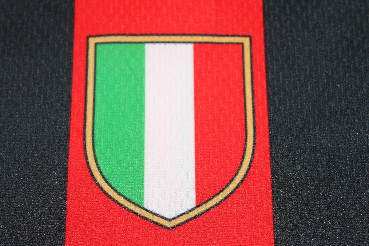 ... pirlo   21 - 2005 - itália - ler todo anúncio. Carregando zoom... camisa  milan itália. Carregando zoom. ec68599339103